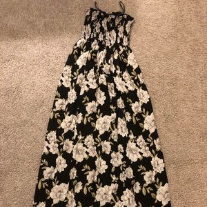 Forever 21 black and white floral maxi dress.